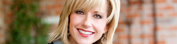 Beth Moore Biography - mini